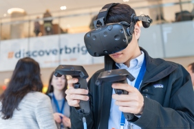 Discover Brigham attendee wearing a virtual reality headset